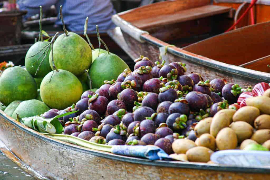 Vers fruit op de markt