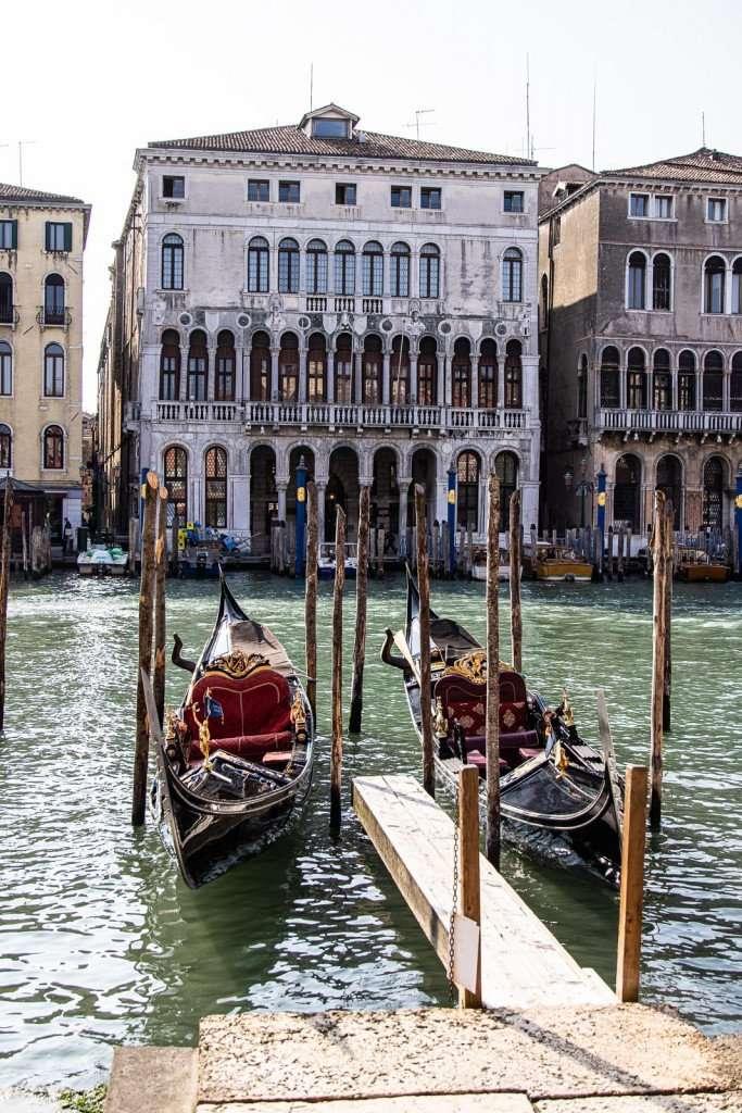 Venetiaanse gondels
